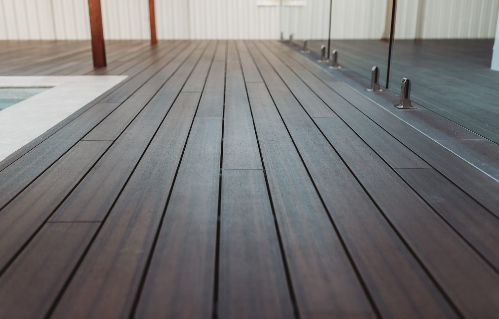 Custom deck solution out in Warde